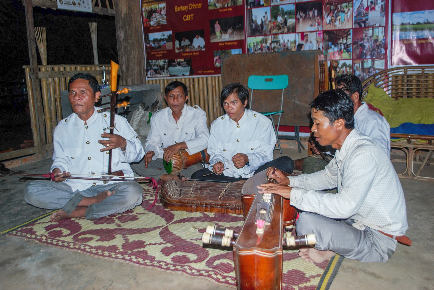 Local musical troupe entertaining glamping guests