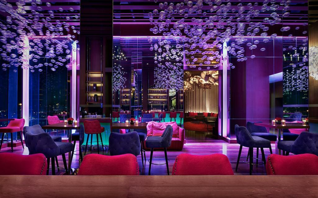 Attitude bar Avani Riverside Bangkok Hotel.