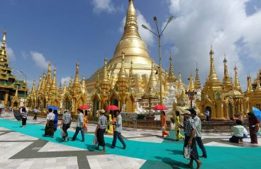 Walking around the Tuesday corner, Shwedagon