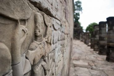 Relief wall, Banteay Chhmar, Cambodia