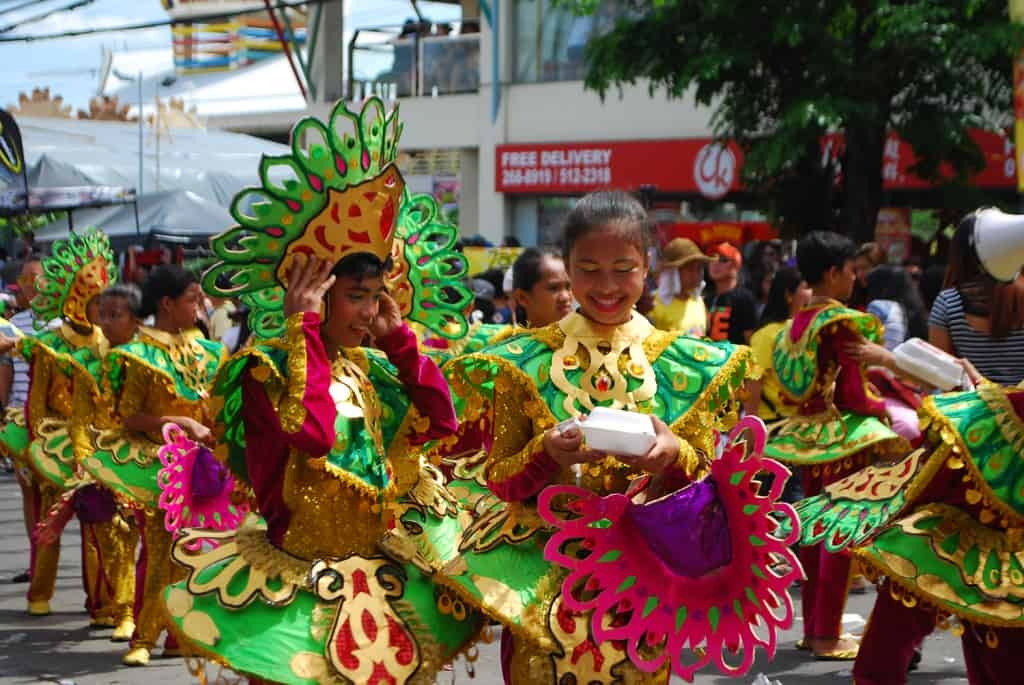 Sinulog dancers in Cebu